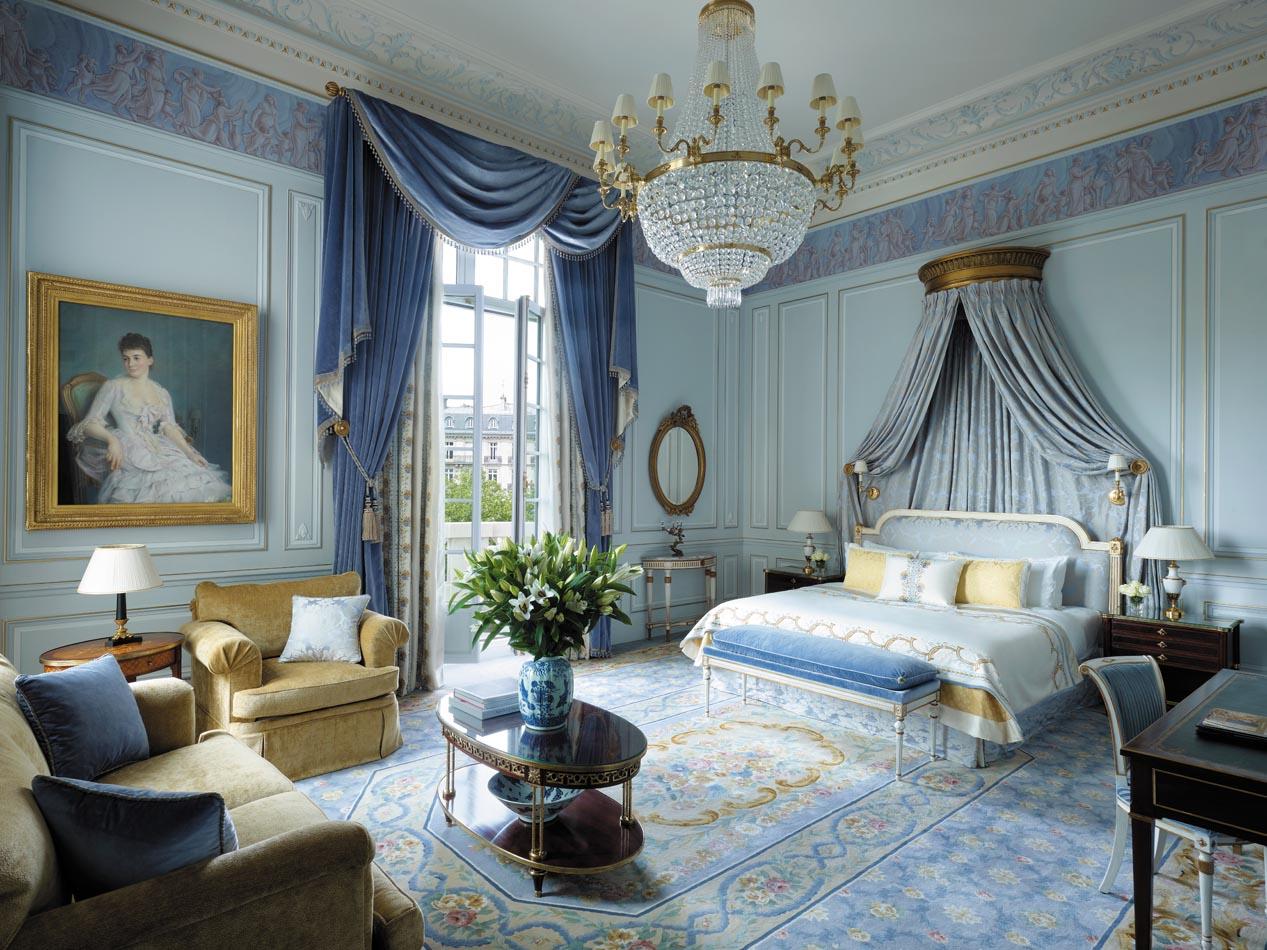 paris hotel suites