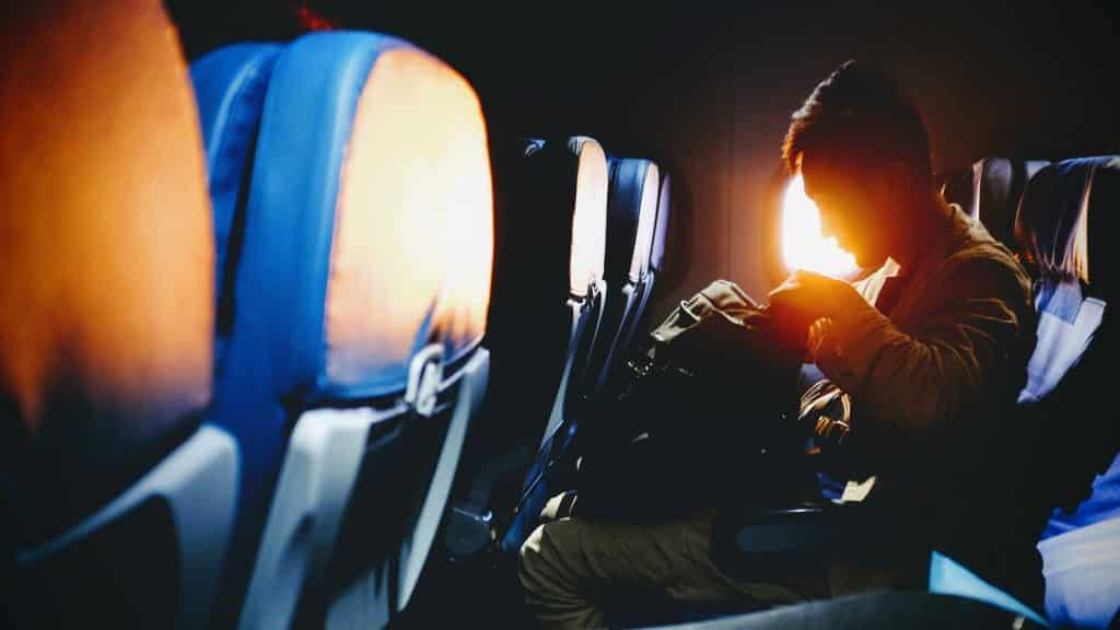 things to avoid doing on plane