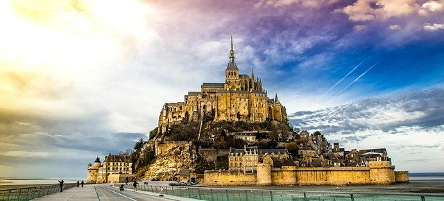 france essential experiences