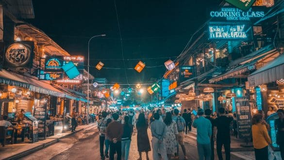 how to get from Bangkok to Siem Reap