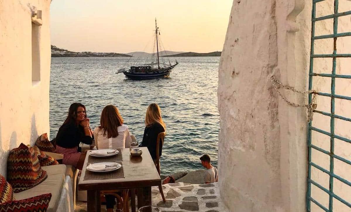 Mykonos Alley Restaurant Cafe