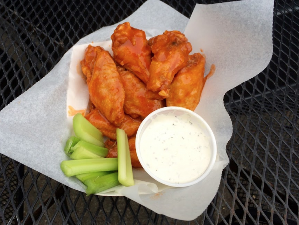 Louisville chicken wings