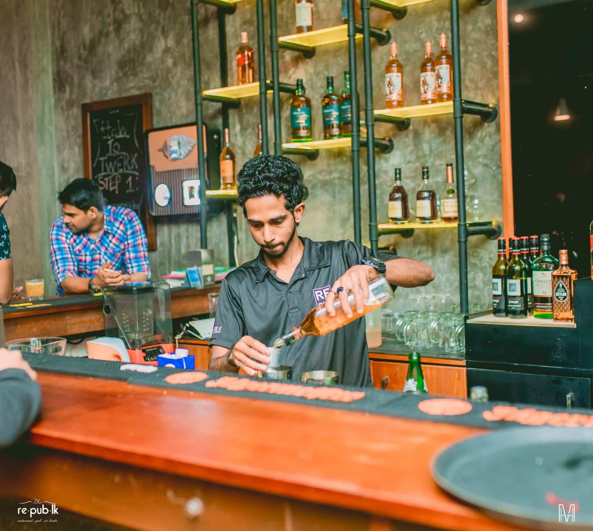 best bars Colombo