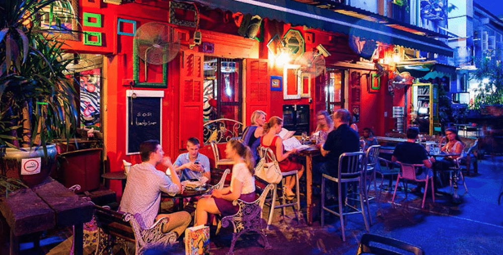 Best Bars To Meet Expats In Singapore