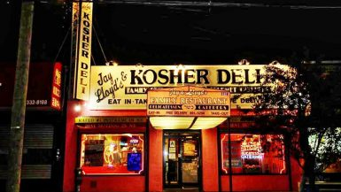 jay and lloyd kosher deli brooklyn