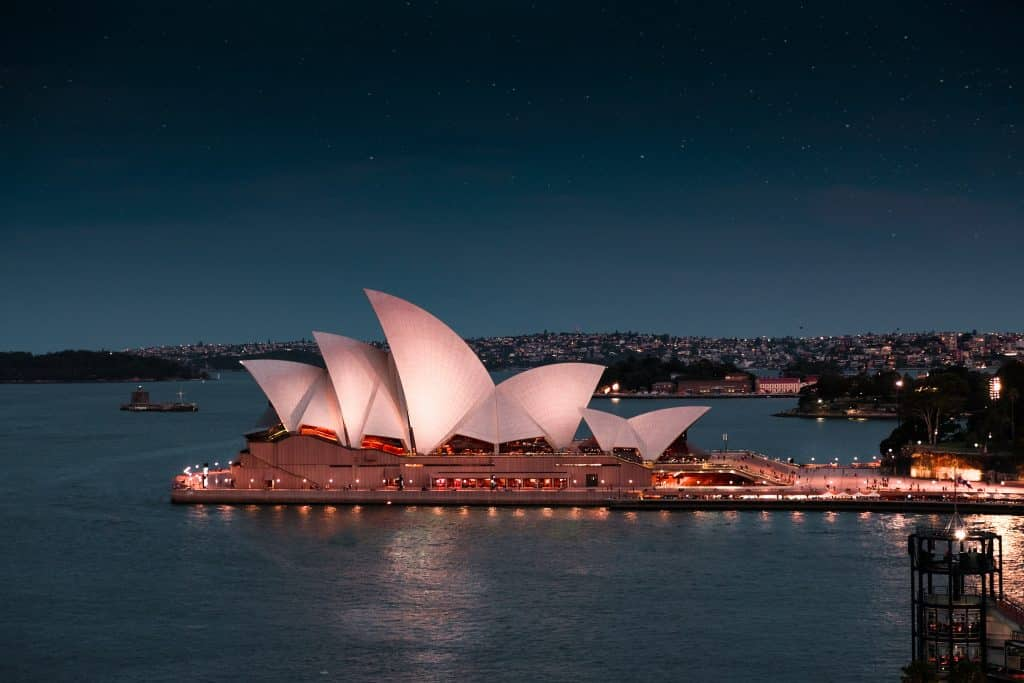 sydney opera house 24 hours travel guide
