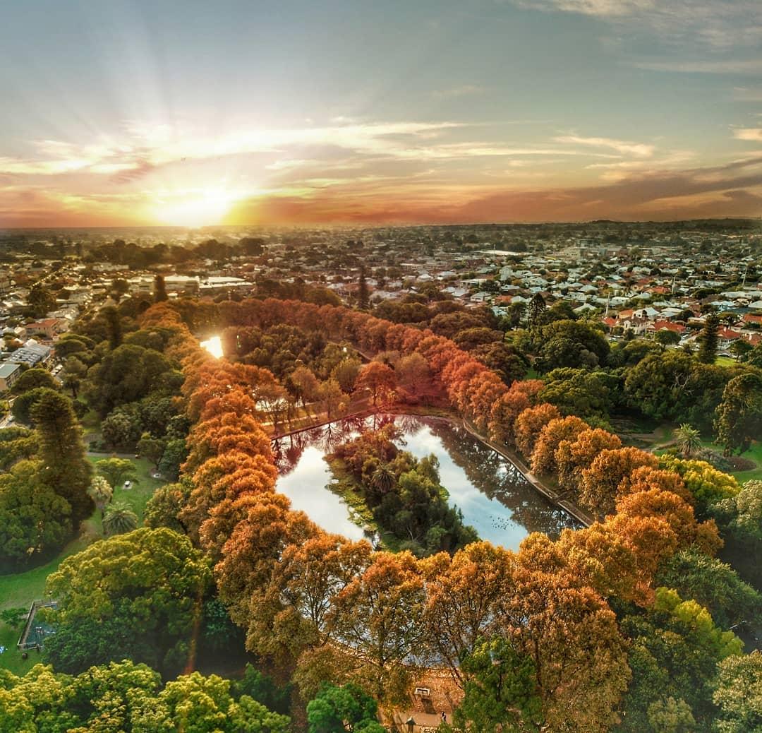 city guide Perth