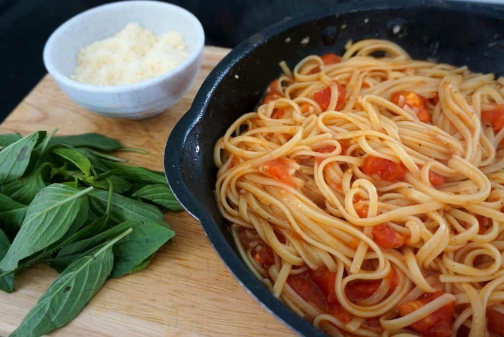 Spaghetti With Fresh Tomato
