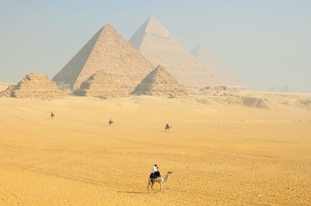 pyramids of giza facts