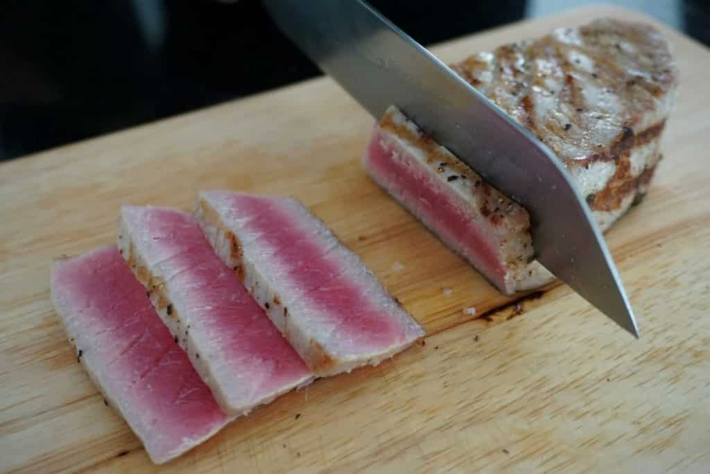 Tuna With Chinese Kale steak