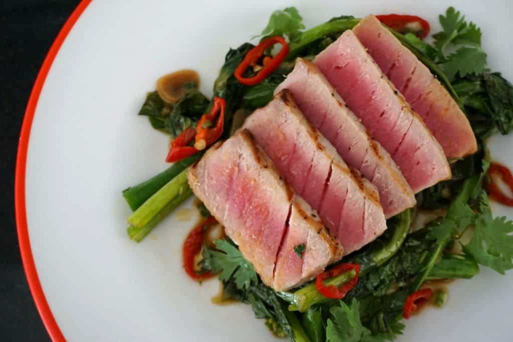Tuna With Chinese Kale