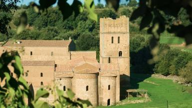castles Airbnb