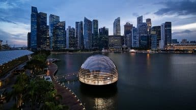 Floating Apple Store to Open in Singapore