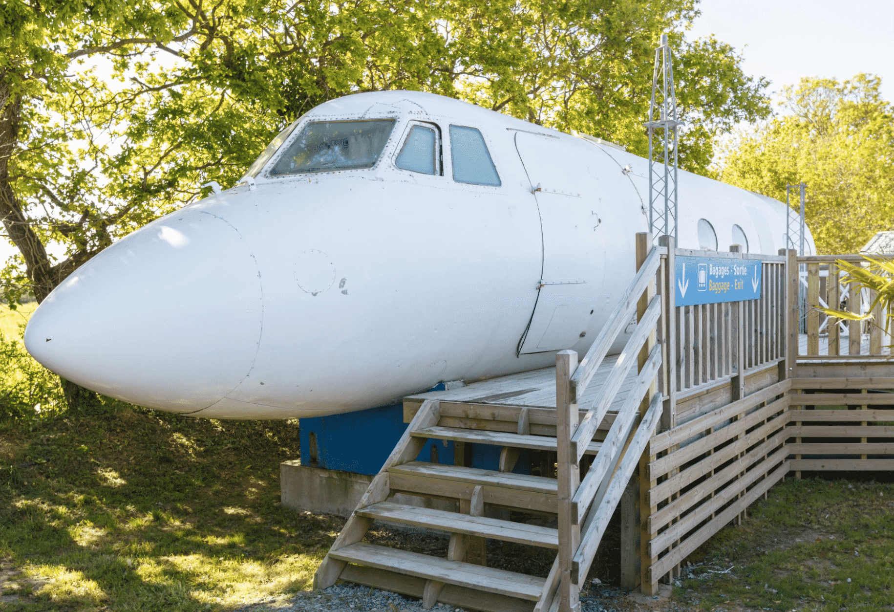 grounded airplane Airbnbs