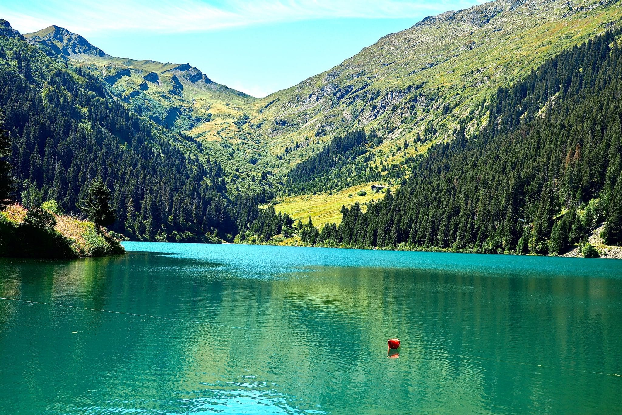 7 of the Most Beautiful Lakes in France travel