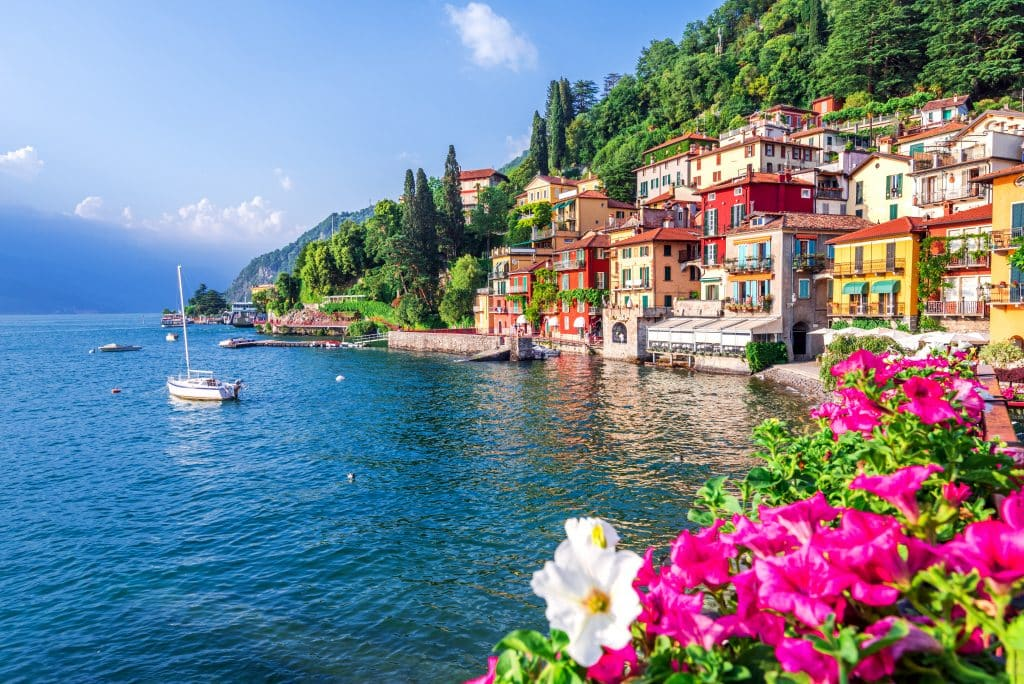 most beautiful lakes italy