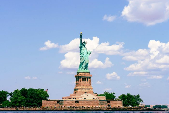 The most famous monuments in the US Statue of Liberty