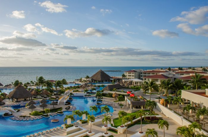 Best All-Inclusive Hotels in Cancun Moon Palace