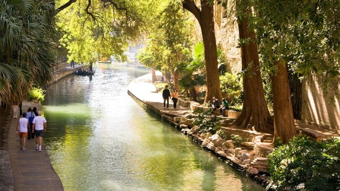 Best things to do in San Antonio with kids River Walk
