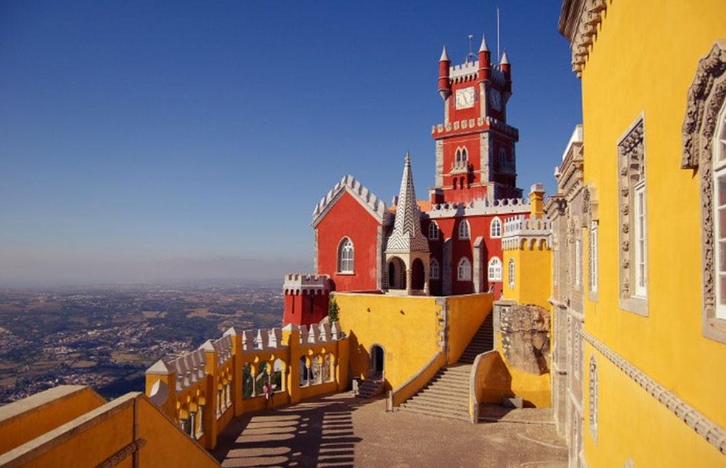 amous monuments Portugal