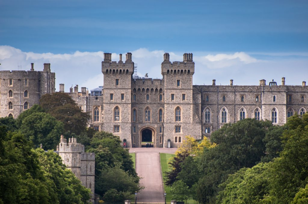 famous monuments england