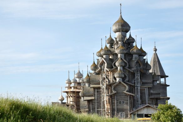 famous russian monuments