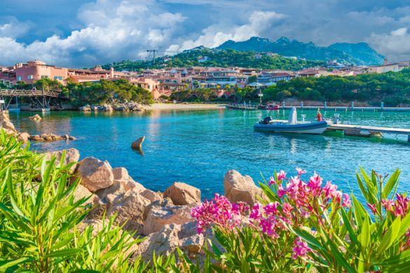 Sardinia vs Corsica