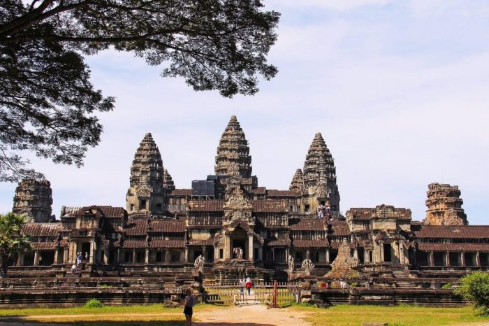 interesting facts about angkor wat in cambodia