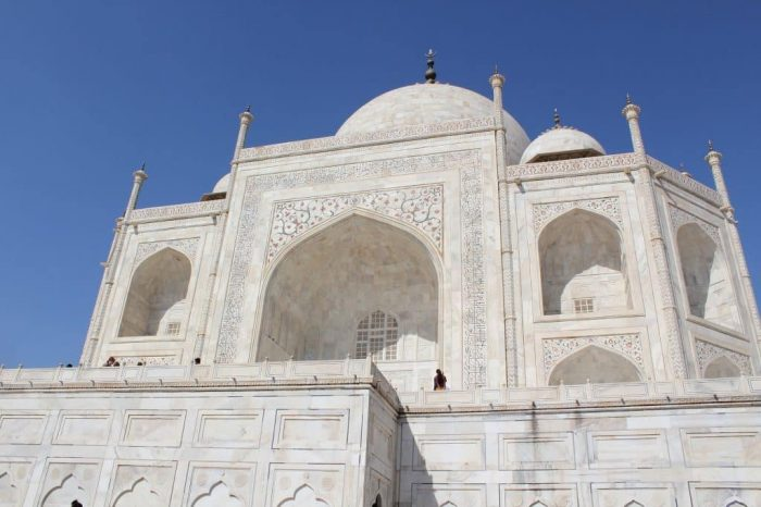 intersting facts about the taj mahal