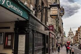 historic pubs London