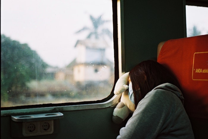 How to travel on a train