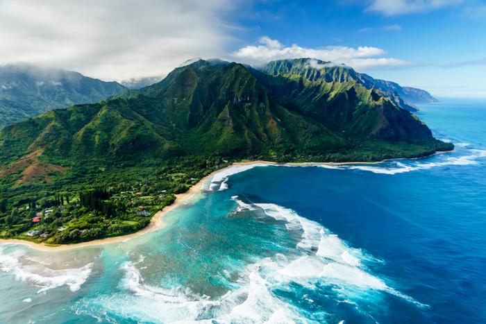 how to travel Hawaii
